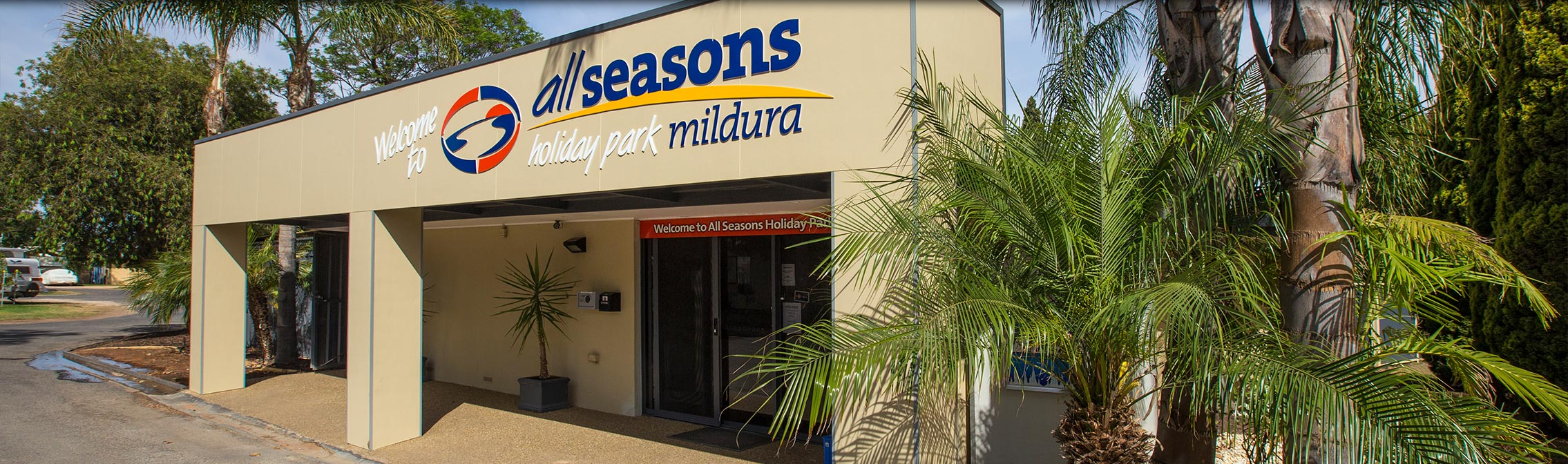 All Seasons Holiday Park Mildura Reception