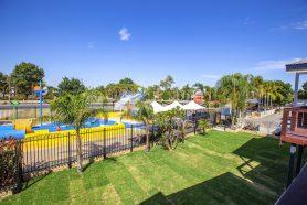 Aqua Rise Villas splash park view : All Seasons Holiday Park Mildura